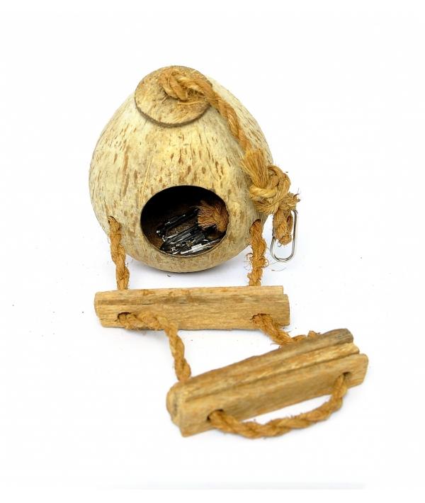 Кокосовый домик с лесенкой, 15*11*11 см (Coconut house type 2) 34242..